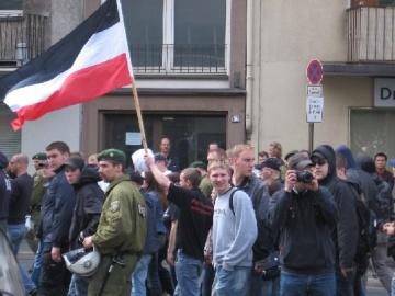 Neonazis marschierten in Düsseldorf / Kaiserswerth