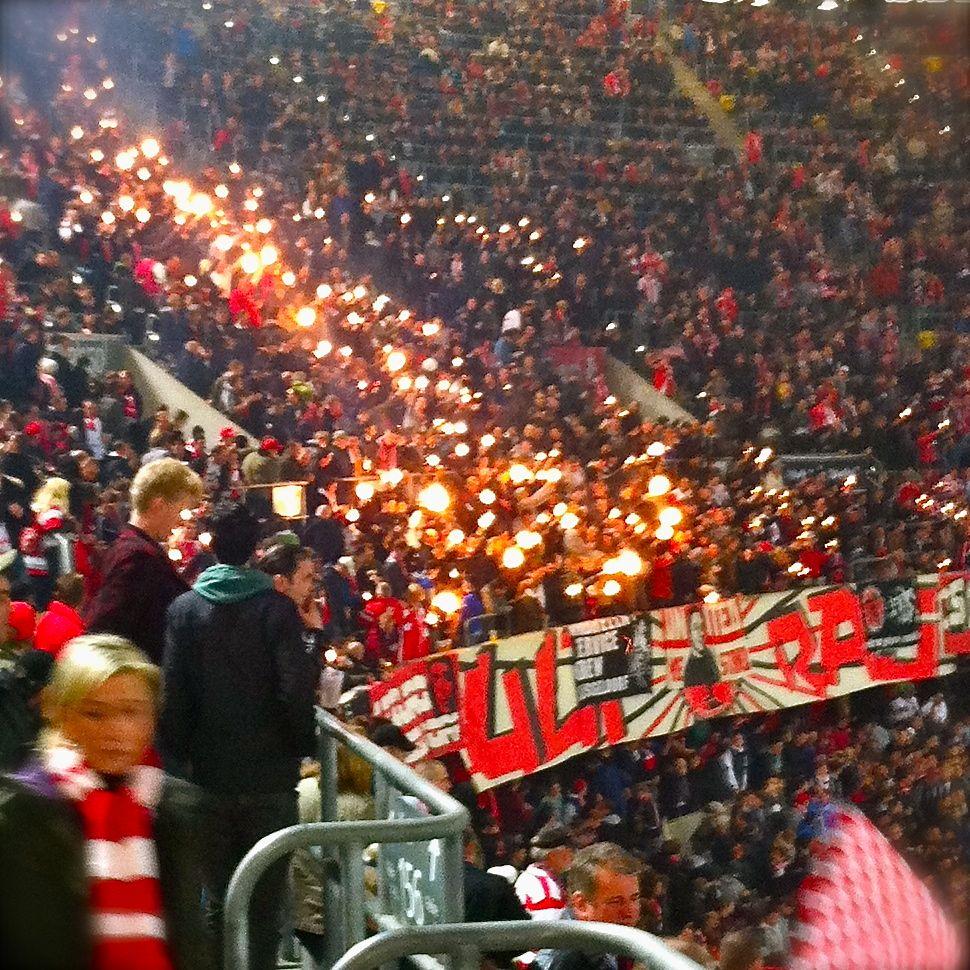 Fussball. Fans. Fahndungsdruck.