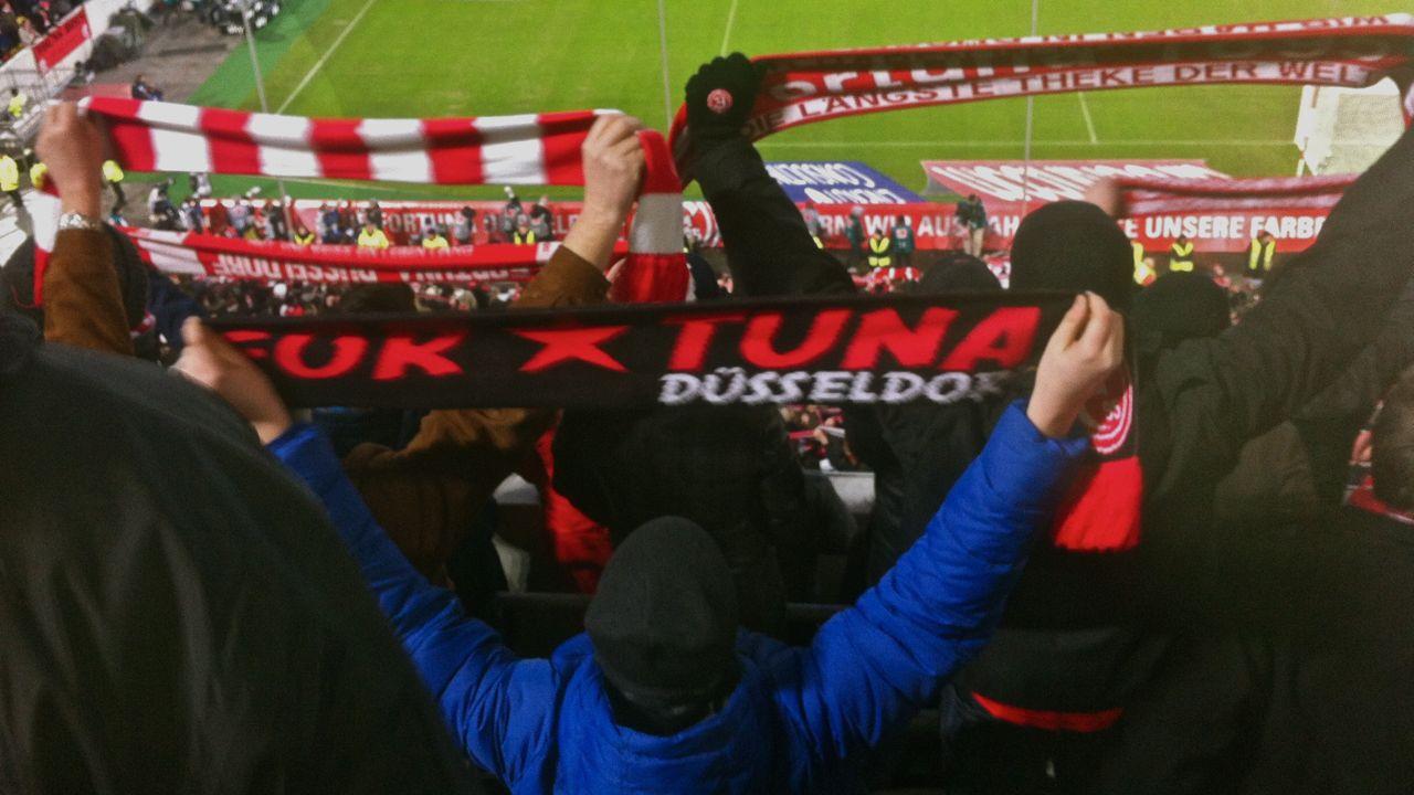Fortuna Brötchen –  Supporters vor der Kamera