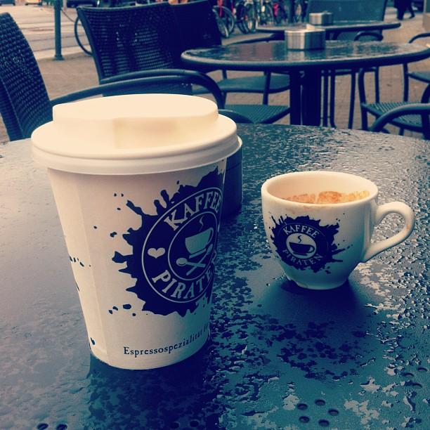 Kaffeepause und Frühlingswetter