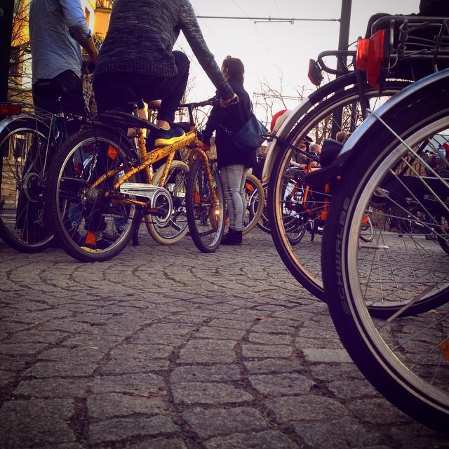 CriticalMass sammelt sich am Fürstenplatz :-)