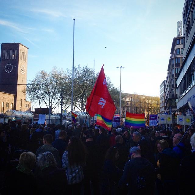 Düsseldorf bleibt bunt! #noduegida
