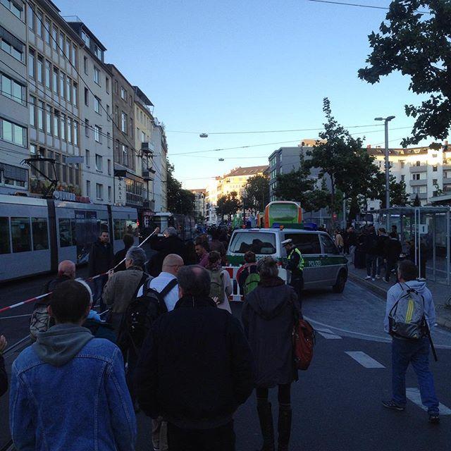 Auf dem Weg zum Worringerplatz – den Aufmarschpunkt von Dügida  blockieren :-)
