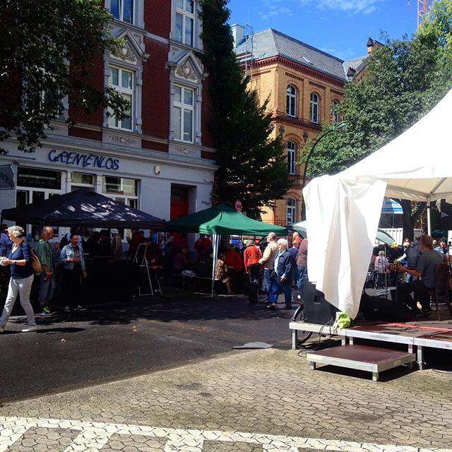 Straßenfest am Cafe Grenzenlos