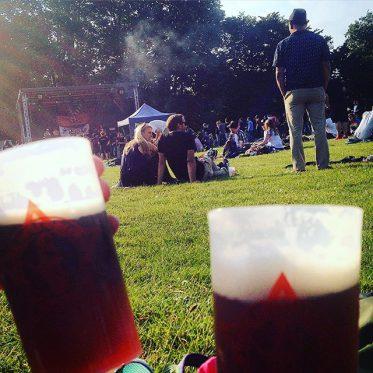 'Rock gegen Rechts' - Festival im Volksgarten...