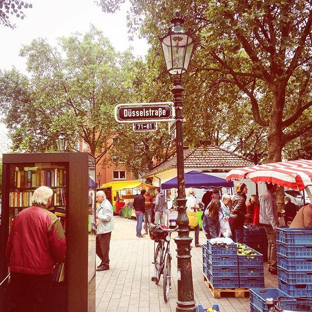Markttag bei uns im Viertel - Zeit für Einkauf und Gespräch :-)