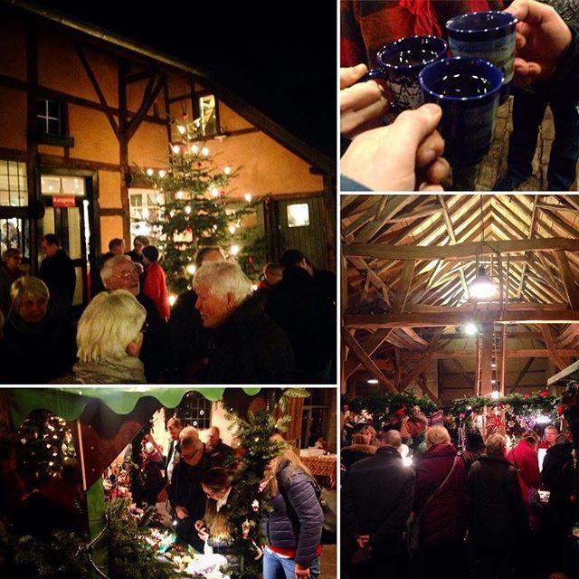 Kleine Exkursion zum Weihnachtsmarkt im Tuppenhof in Kaarst/Vorst.
